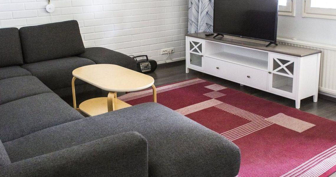 Kaikissa Megrin Matkailun huoneistoissa on oma tv, keittiö, wc ja suihku.